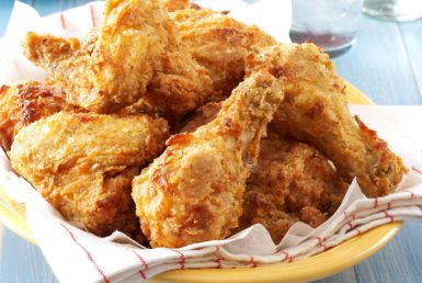 Southern-Fried-Chicken-with-Gravy_exps33285_THRAA2874593C01_23_1b_RMS