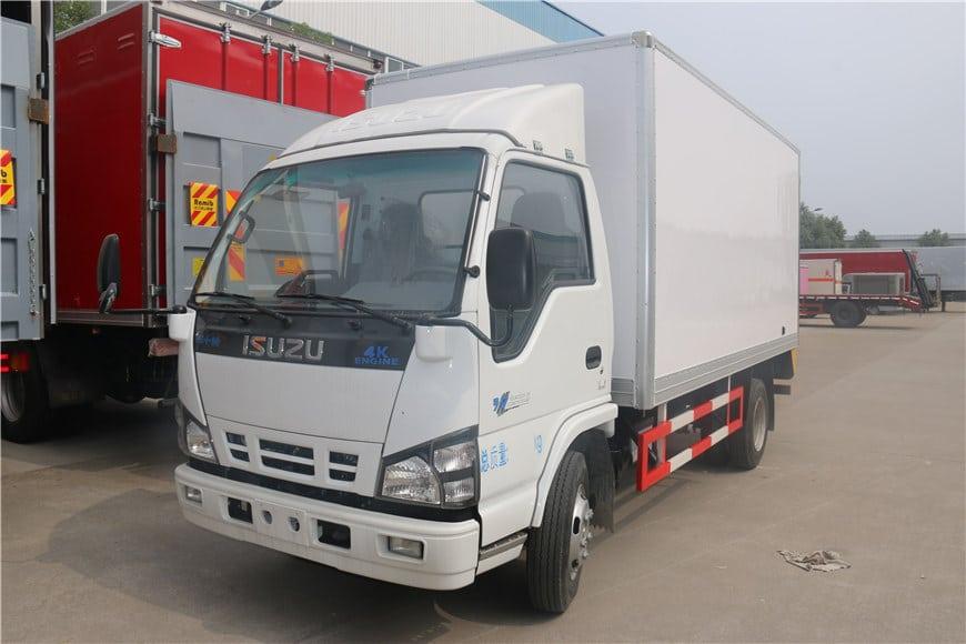 ISUZU-600P-light-truck-5